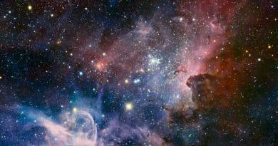 The spectacular new panorama of the Carina Nebula