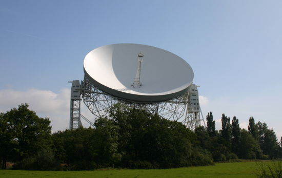 The Lovell Dish at Jodrell Bank is part of e-Merlin. Credit: Paul Sutherland
