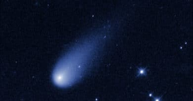 A frame from the movie Hubble has made of Comet ISON.