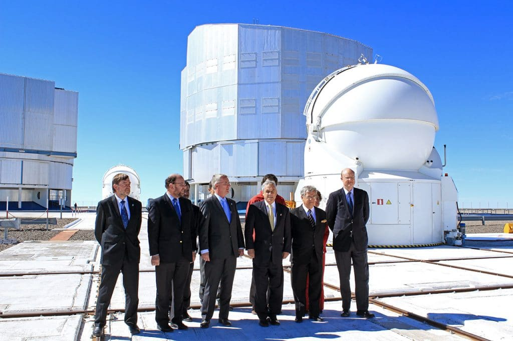dignitaries at Paranal
