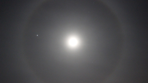 Lunar halo by Paul Sutherland