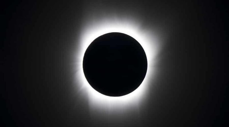 World gathers to watch total eclipse of the Sun cross the USA