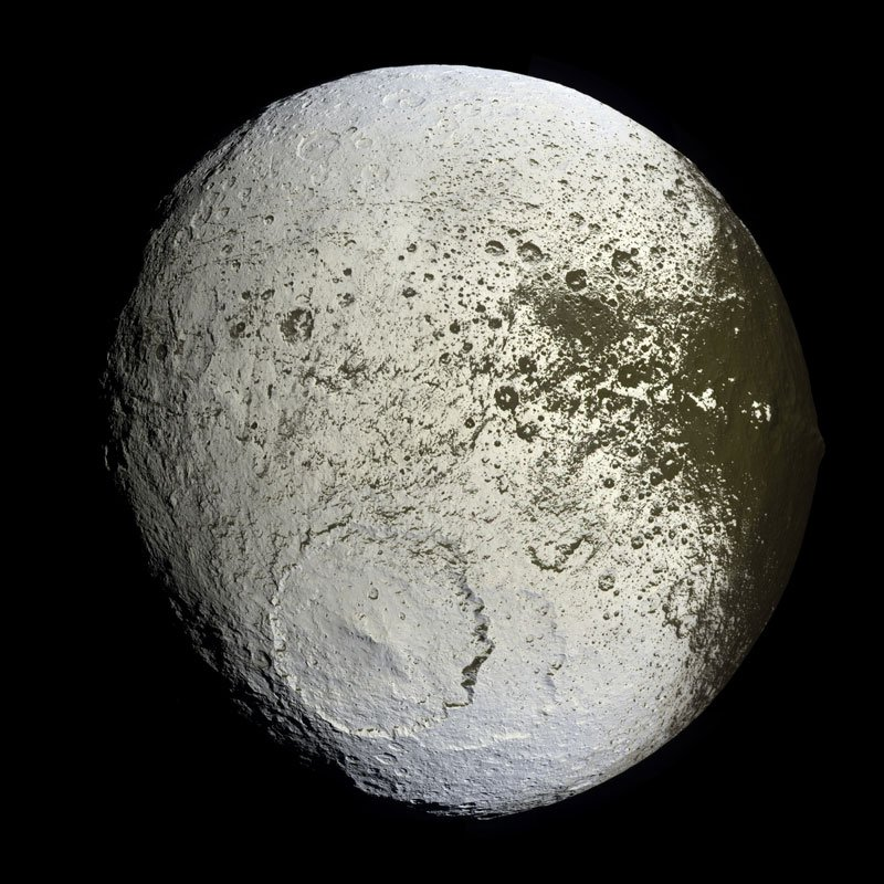 Iapetus from Cassini