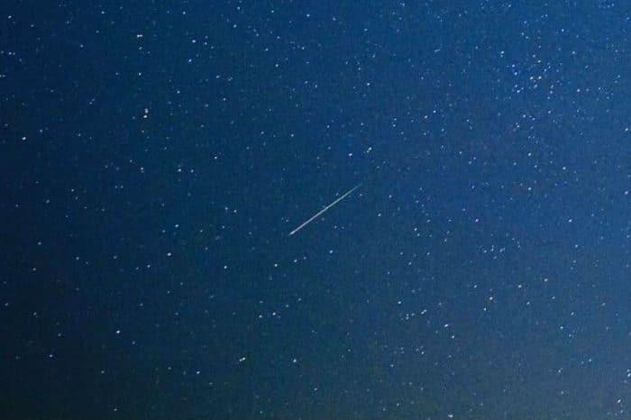 Photo of Leonid meteor