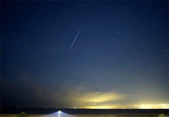 Bright Geminid meteor